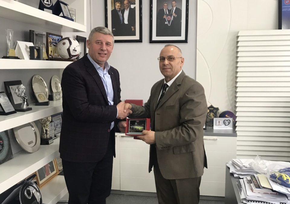 Presidenti Ademi priti gjeneralin Sylejman Selimi