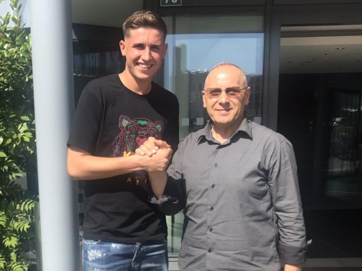 Presidenti Ademi takoi portierin e Schaffhausenit, Amir Saipi