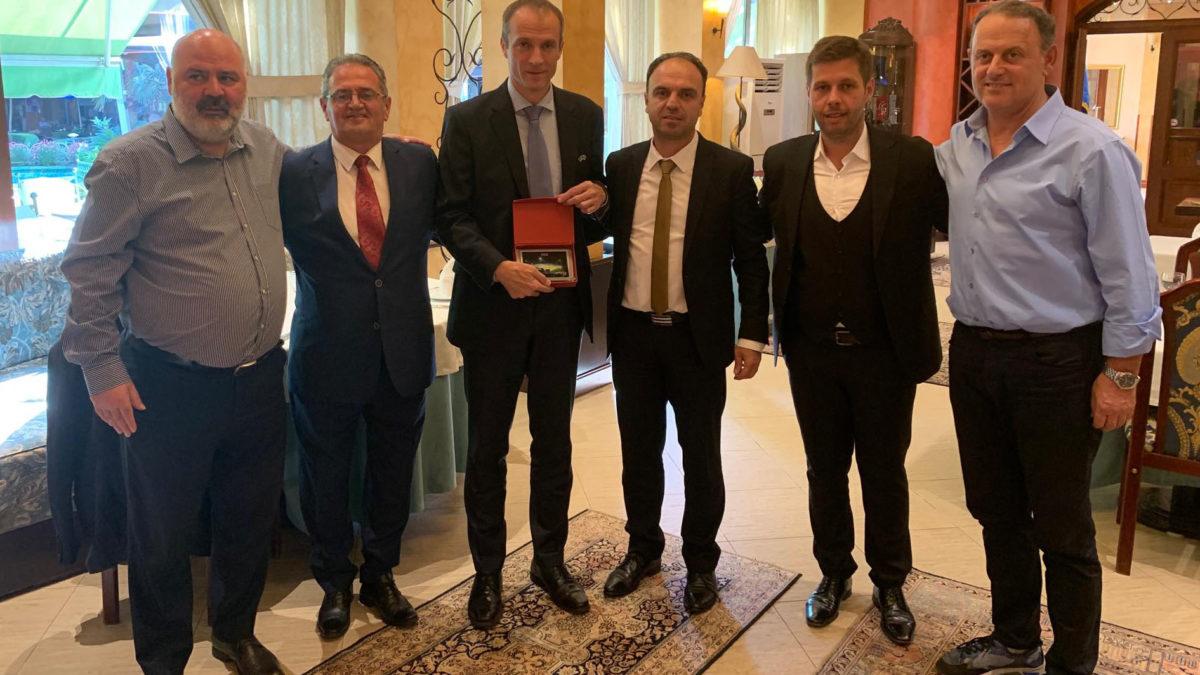 FSHF shtroi drekë për delegacionin e FFK-së