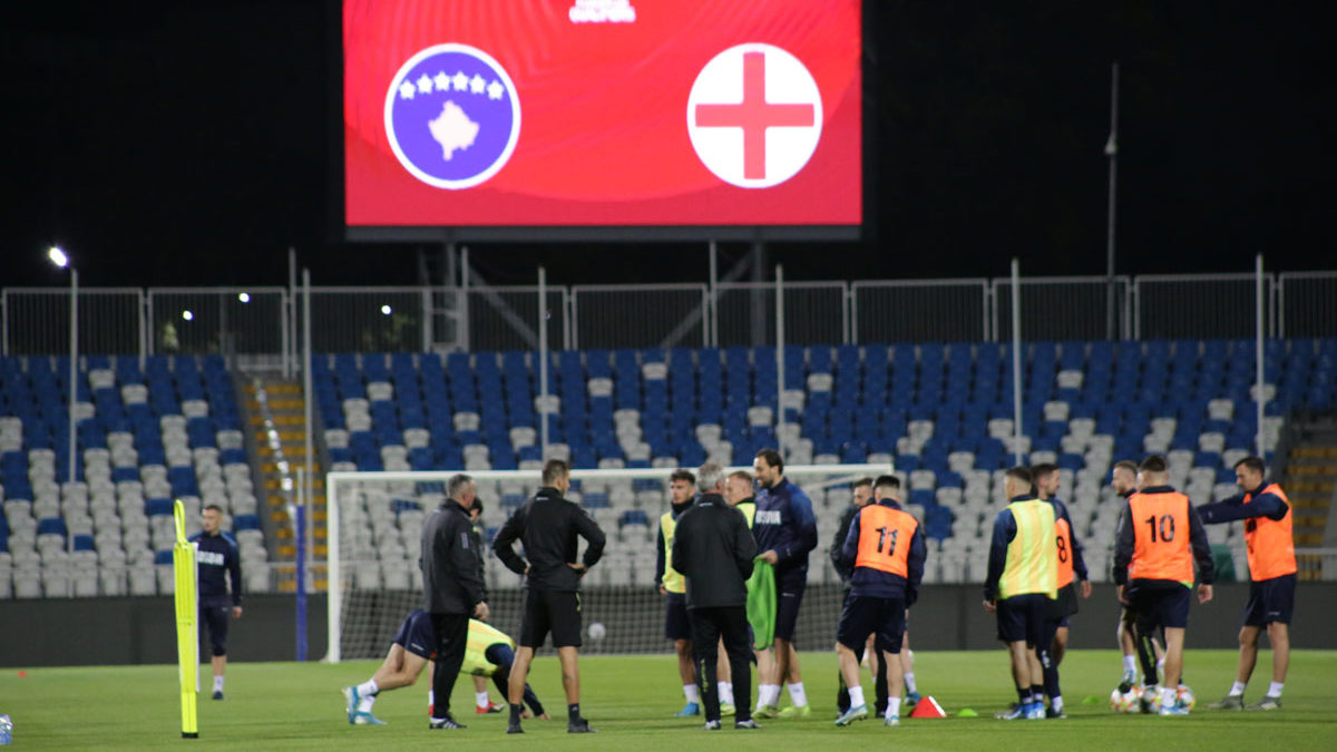 Dardanians motivated for battle with the Three Lions