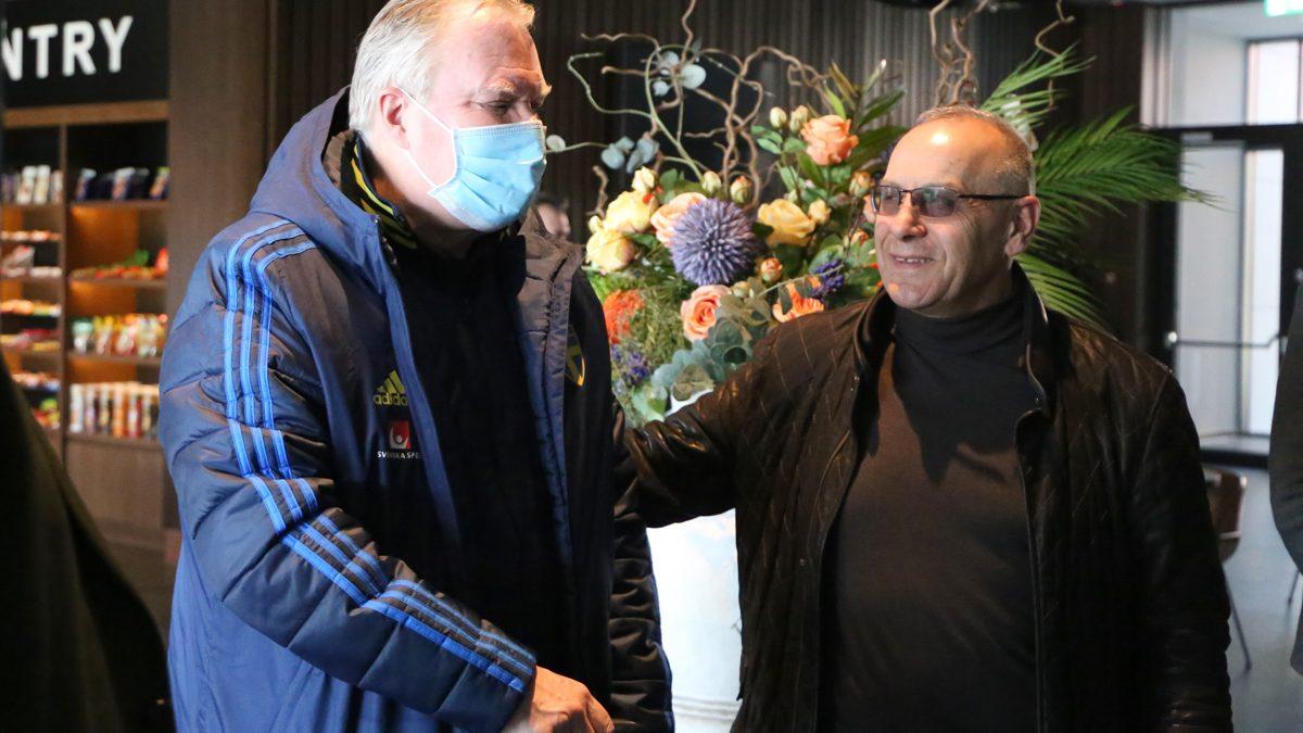 Ekspedita e Kombëtares së Suedisë arrin në Kosovë, presidenti Ademi pret homologun Karl-Erik Nilsson