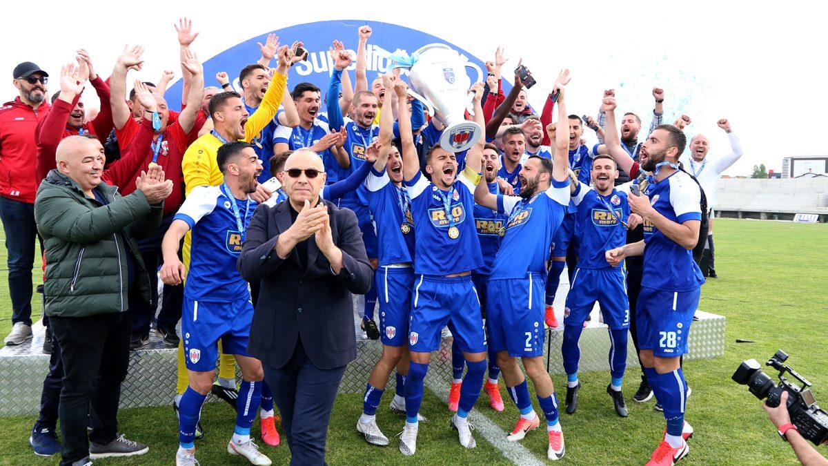 Presidenti Ademi përgëzon FC Prishtina dhe KF Llapi