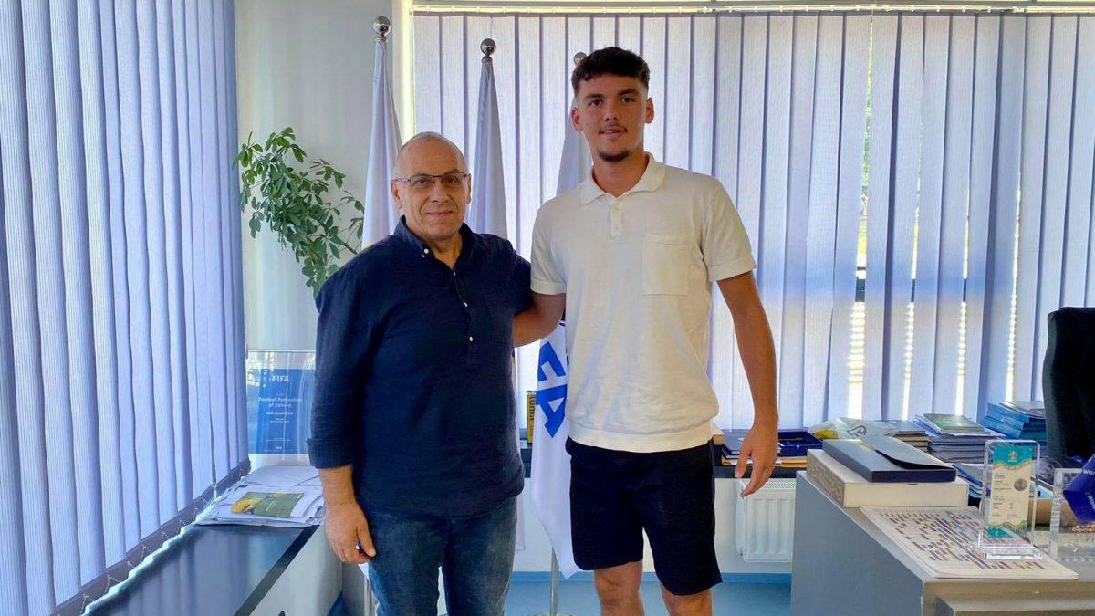 Enis Vila i bashkohet Kosovës U19
