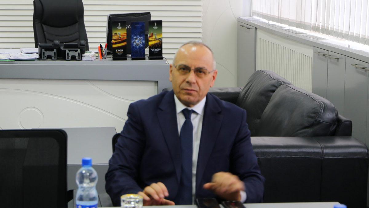 Presidenti Ademi organizon pritje për gazetarët sportivë