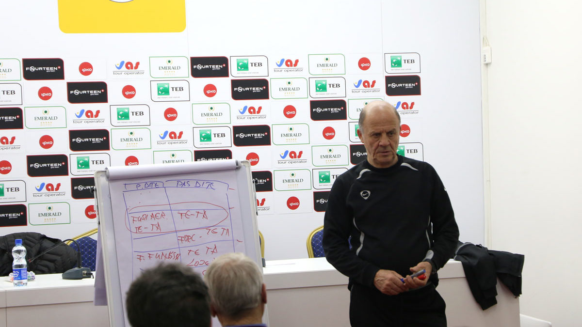 U mbajt seminari me trajnerët e Licencës A