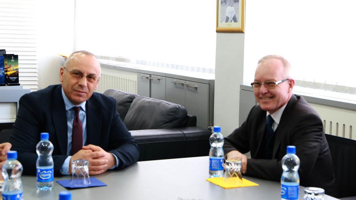 Presidenti Ademi priti ambasadorin e OSBE-së – Braathu: Jeni storie e suksesit