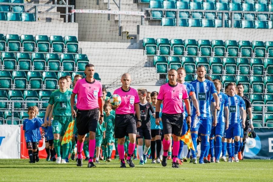 Besfort Kasumi me asistentë delegohet nga UEFA në ndeshjen e Ligës së Konferencës