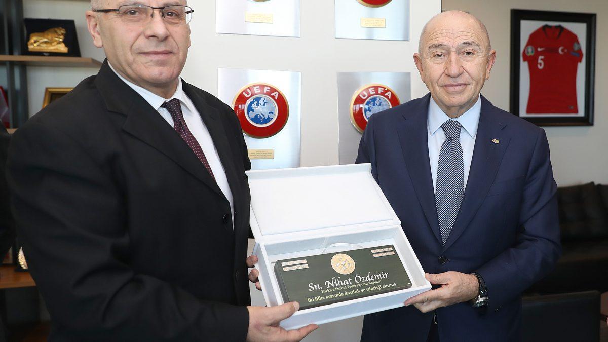 Presidenti Ademi u takua me presidentin Özdemir, nënshkruhet Memorandumi i Bashkëpunimit me Federatën e Futbollit të Turqisë
