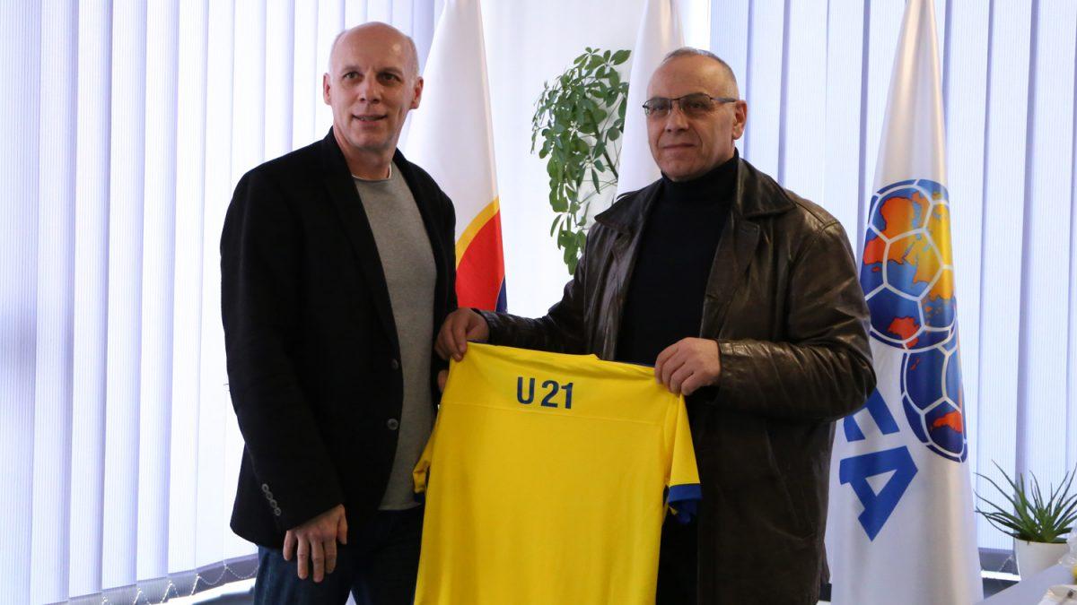 Prezantohen përzgjedhësit e rinj të Kombëtares U21 dhe Kombëtares së futsallit