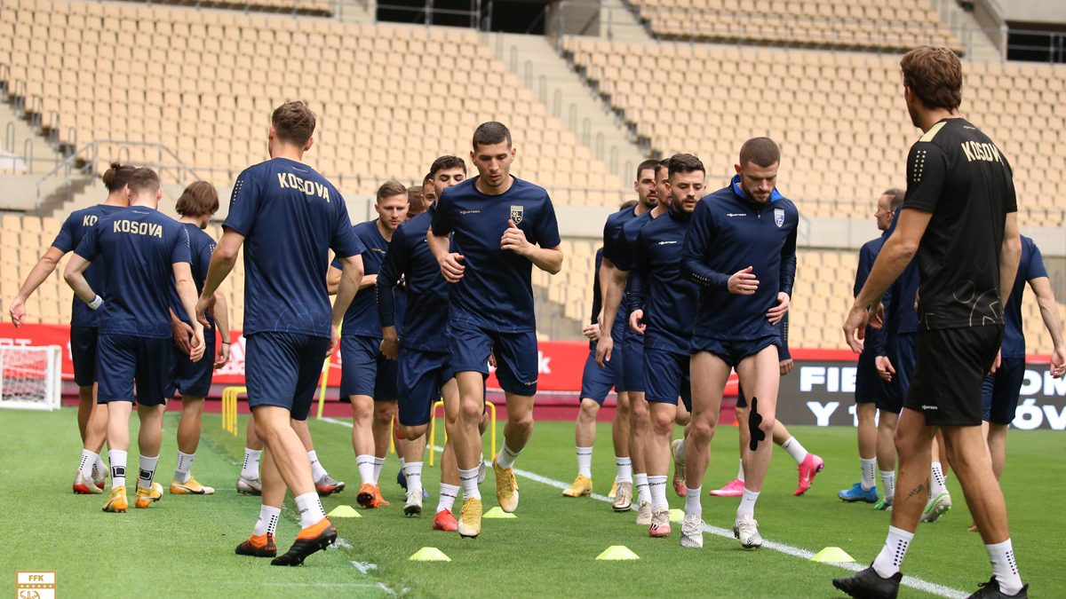 Dardanët stërviten në Sevilla, të gatshëm për sfidën me Spanjën