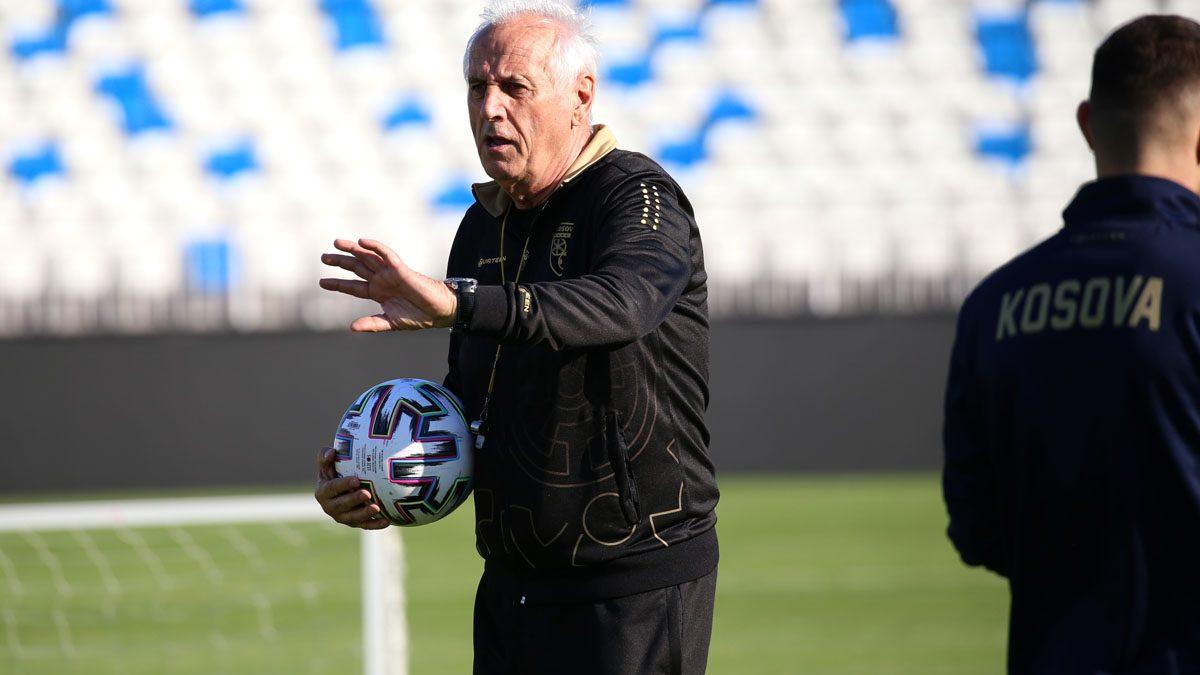 Challandes publikon listën e futbollistëve për dy miqësoret në Antali