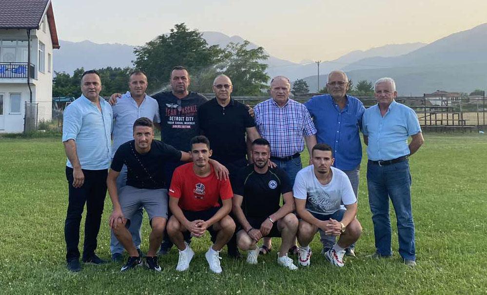 """Presidenti Ademi vizitoi KF """"Behar"""" nga Vitomirica, i ofron mbështetje para fillimit të kampionatit"""